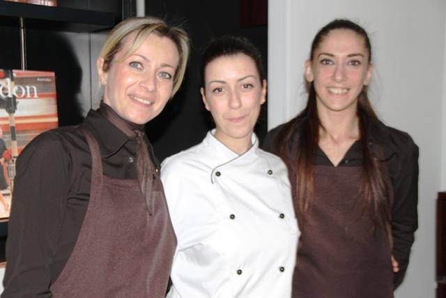 lo chef, assente, è pugliese, Antonio Petrucci, ma la brigata al femminile