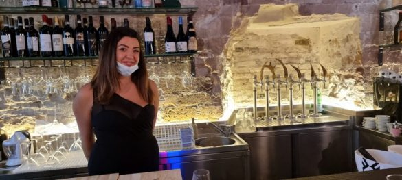 Radici dining and drinking a Perugia